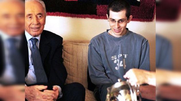 El soldado Guilad Shalit agradece al pueblo israelí por su liberación
