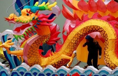 China se monta en el dragón