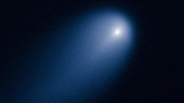 'El cometa del siglo', captado por el telescopio Hubble de la NASA