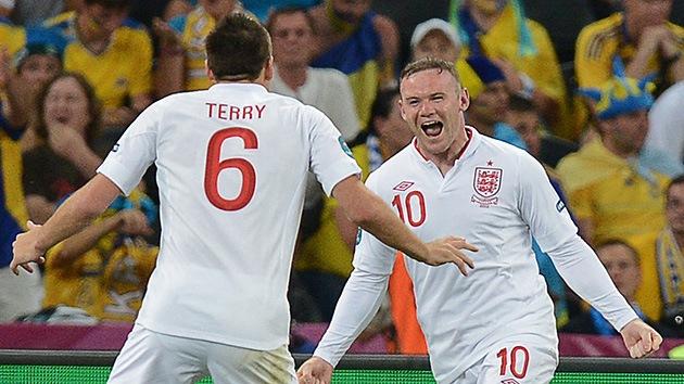 Rooney reaparece y mete de cabeza a Inglaterra en los cuartos de la Eurocopa