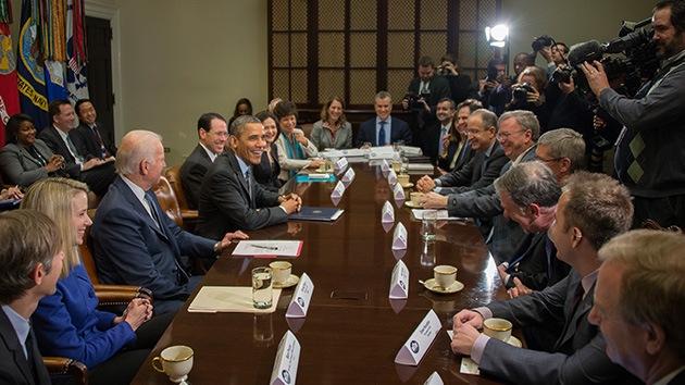 Apple, Google, Microsoft y otras empresas convencen en persona a Obama de limitar el espionaje
