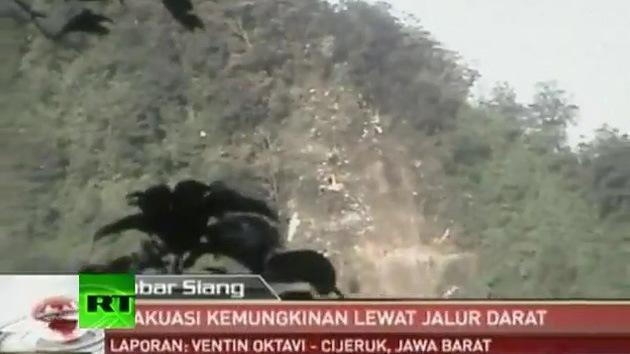 Primeras imagenes del superjet 100 estrellado en Indonesia
