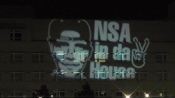 US-Regierung: 250.000 Dollar pro Tag Geldstrafe für Yahoos Widerstand gegen PRISM-Spähprogramm