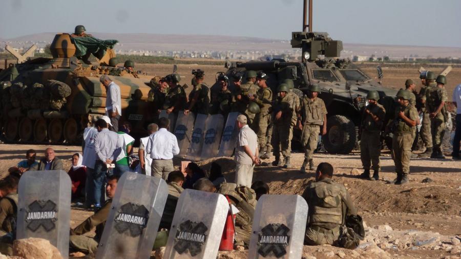 Türkei macht Grenze zu - Flüchtlingsdrama an der syrisch-türkischen Grenze