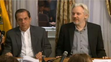 Assange setzt Hoffnung in neue schwedische Regierung