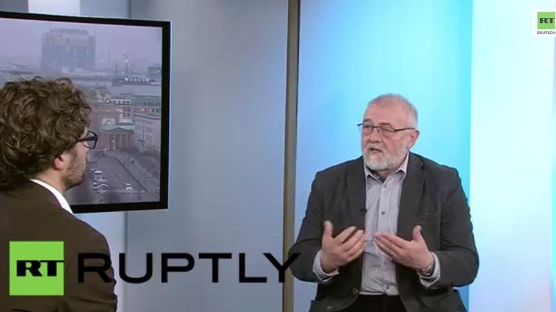 Ex-Spion zu MH17 und Stasi- verbindungen von Merkel & Gauck
