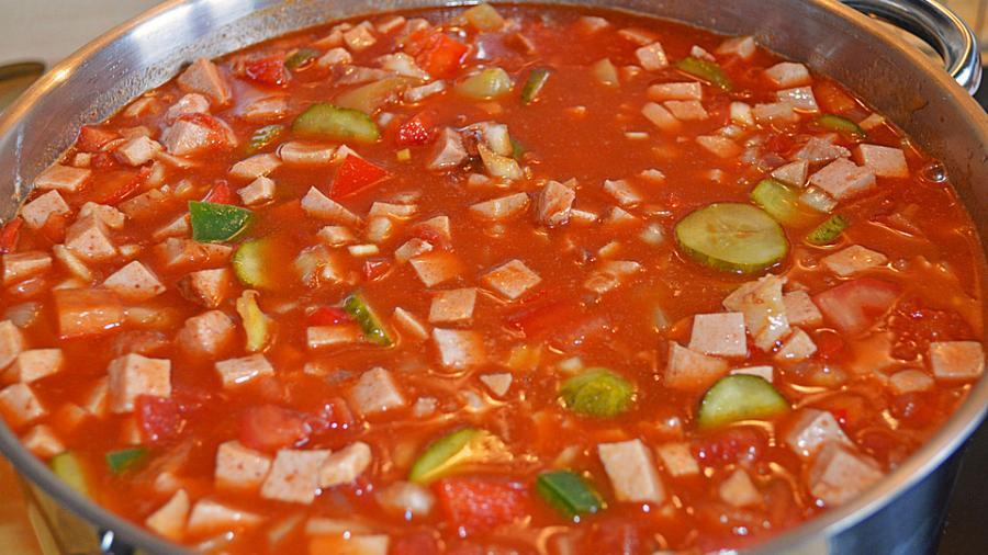 Neuer Entwicklungsplan für die Ostukraine: Suppe statt Gehalt