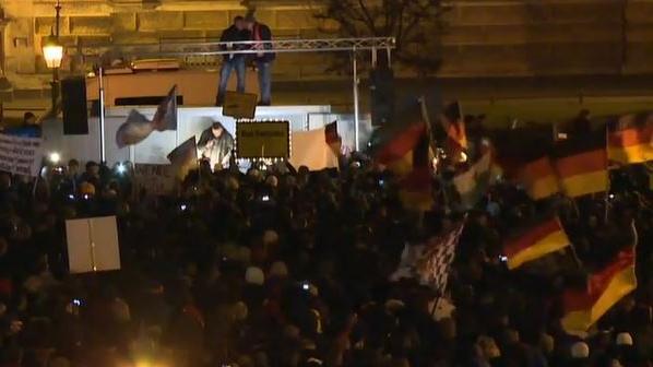"""Zehnte PEGIDA-Demo - """"Wutbürger"""" fühlen sich noch immer nicht verstanden"""