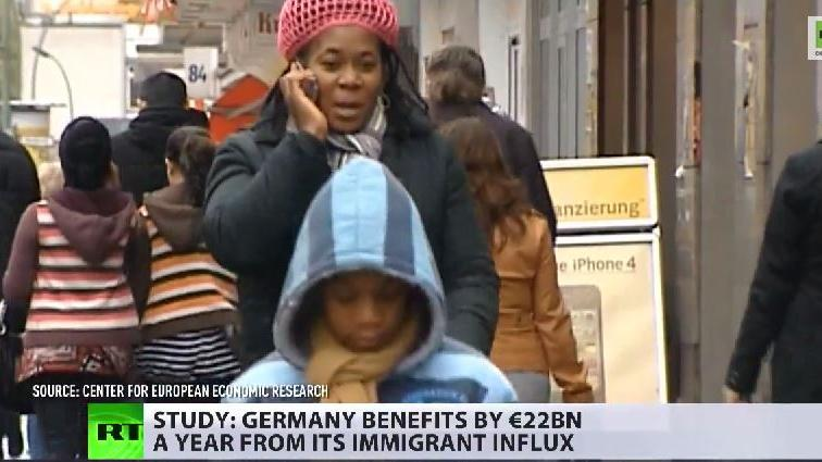 Studie: Migranten spülen 22 Milliarden Euro in die Sozialkassen