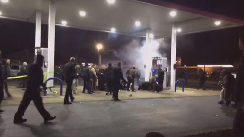 Schon wieder: Polizei erschießt afro-amerikanischen Jugendlichen in der Nähe von Ferguson