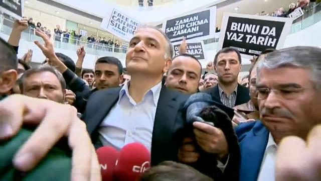 Türkei: Schlag gegen die Pressefreiheit oder legitimer Selbstschutz?