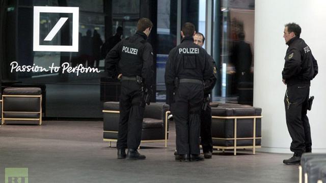 Schlag auf Schlag - Deutsche Bank wegen massiver Steuerhinterziehung angeklagt