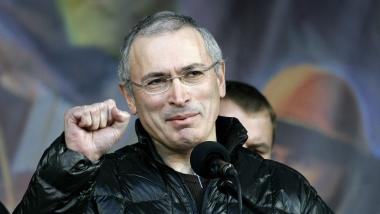 Angies und Marieluises Lieblingsoligarch ruft zum Putsch gegen Putin auf