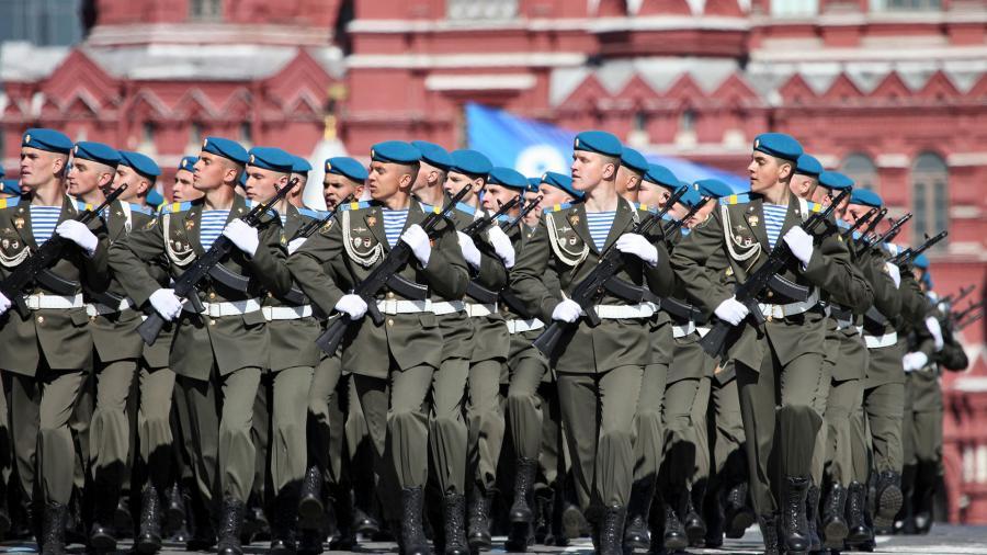 Russland öffnet Streitkräfte für ausländische Freiwillige