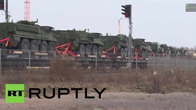 Exklusives RT Ruptly-Video: US-Panzer rollen gen russischer Grenze