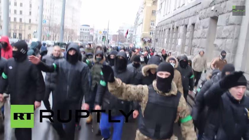 Bilder die ARD und ZDF nicht aus der Ukraine zeigen – Die Ausfälle des Rechten Sektors