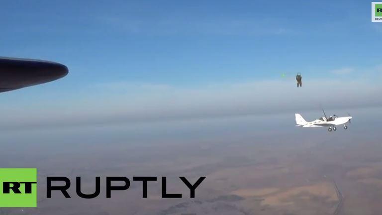 Ex-und-Hopp: Neuer russischer Schleudersitz für Leichtflugzeuge in Aktion