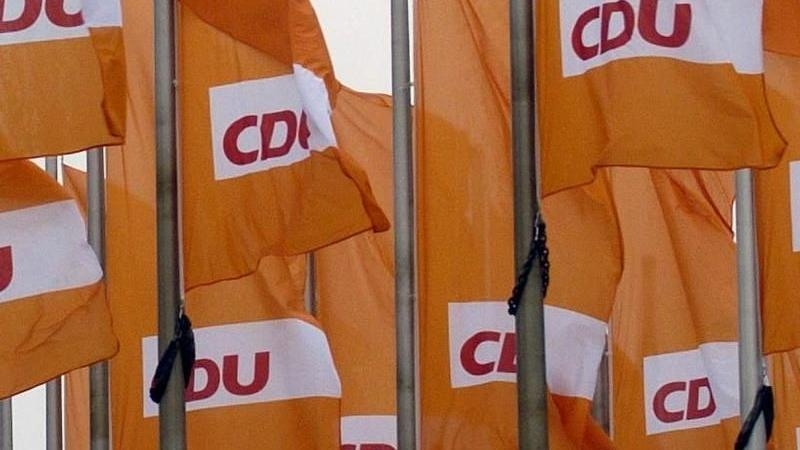 CDU droht griechischem Regierungschef Tsipras mit EU-Rausschmiss bei pro-russischer Haltung