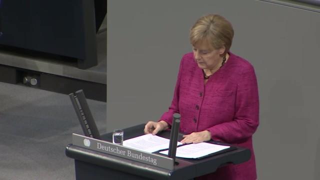 Auschwitz-Gedenkveranstaltung: Merkel erinnert vor KZ-Überlebenden an Befreiung