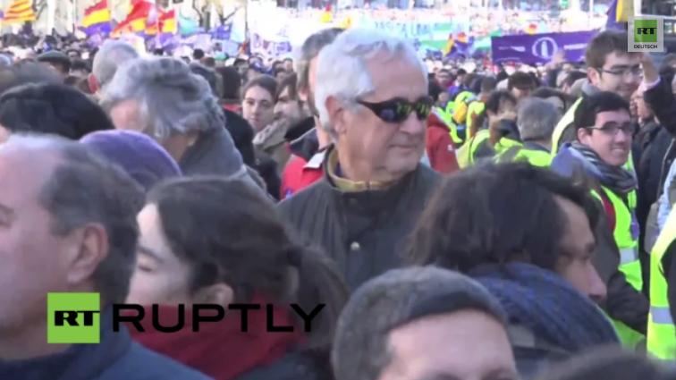 Live: Podemos-Marsch der Veränderung in Madrid