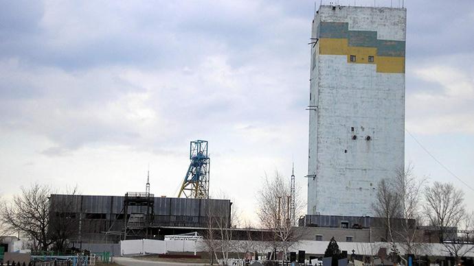 Nach Artilleriebeschuss: Mindestens 500 Bergarbeiter in Donezker-Kohlebergwerk eingeschlossen