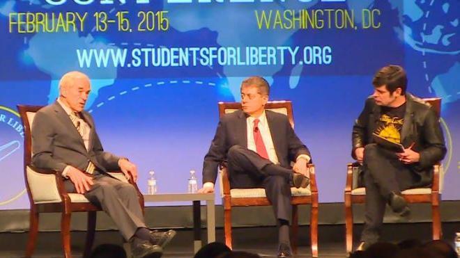 Ex-US-Präsidentschaftskandidat Ron Paul: Ich bin nicht pro-Putin, ich bin nicht pro-Russland, ich bin pro-Fakten