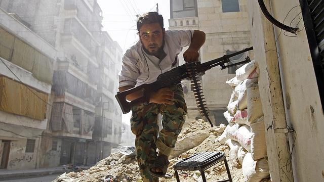 Syrische Regierungstruppen kesseln Rebellenhochburg Aleppo ein