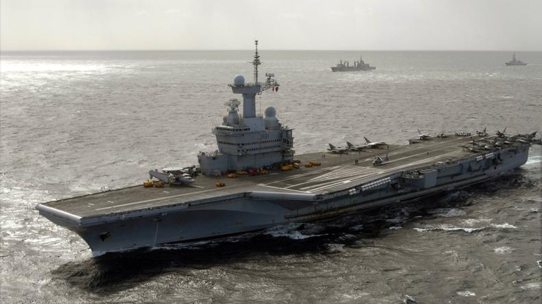 Flugzeugträger Charle de Gaulle in irakischen Gewässern - Jagd auf französische IS-Kämpfer?
