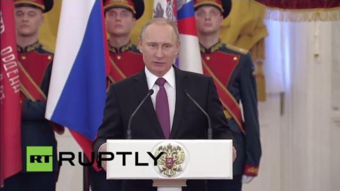 LIVE: Putin ehrt Veteranen des Zweiten Weltkrieges