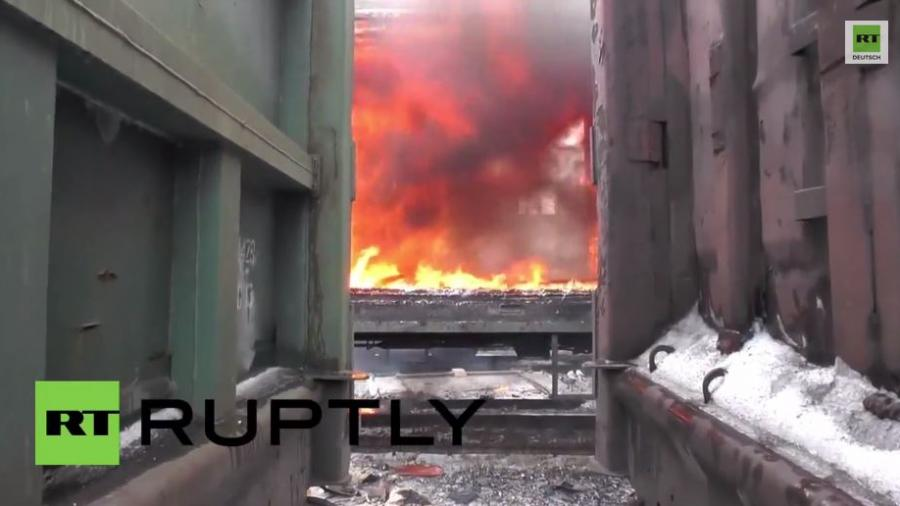 Szenen der Zerstörung nach weiteren Kämpfen am Wochenende in der Ost-Ukraine