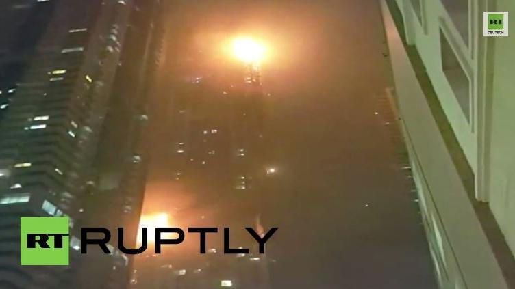 Dubai: Ein stundenlanger Kampf – Feuer in einem der höchsten Wolkenkratzer der Welt