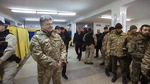 Dank US-Militärberatern? Ukrainische Armee führt Panzer-Abschussprämien und Todesstrafe ein