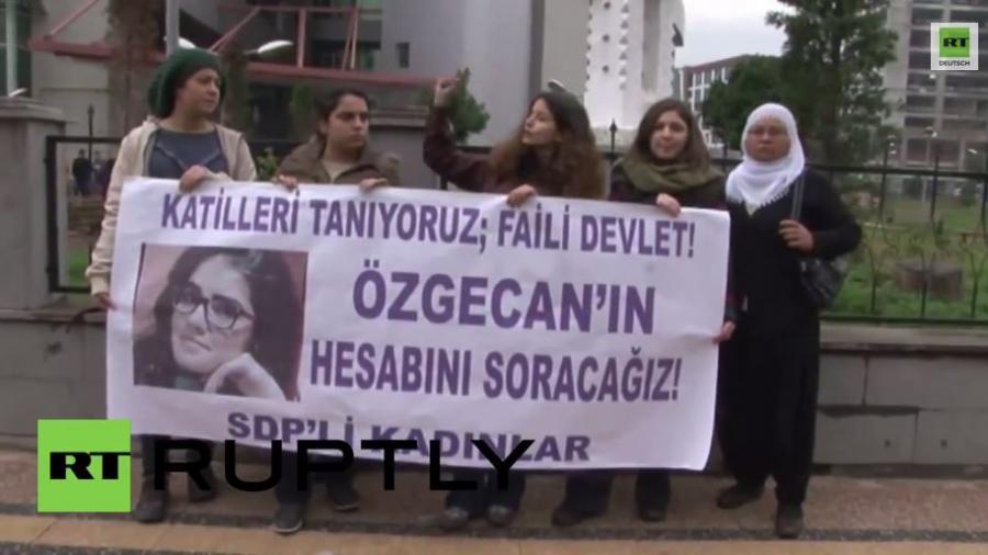 Türkei: Wütende Proteste auf Grund Sexualmordes an 20-jähriger Studentin
