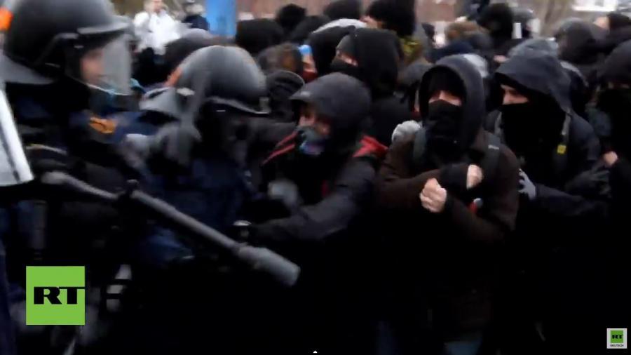 Nein zur Sparpolitik! Gewalttätige Zusammenstößen in Quebec