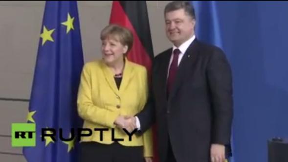 Live: Merkel und Poroschenko geben Pressekonferenz