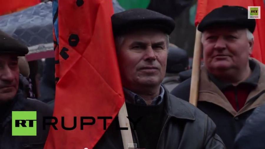 Bergarbeiter protestieren wegen offener Löhne