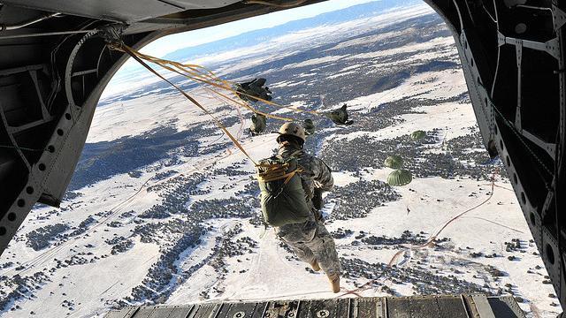 Frühjahrs-Offensive mit US-Beteiligung? Pentagon entsendet 300 Elitesoldaten in das Bürgerkriegsland Ukraine