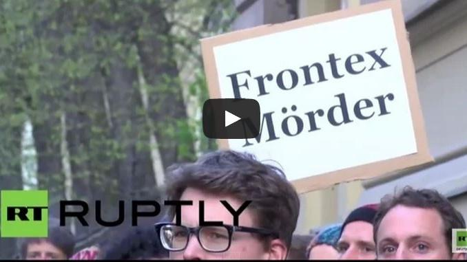 LIVE ab 15 Uhr: Berliner verurteilen EU-Politik und protestieren für Katastrophenopfer auf dem Mittelmeer