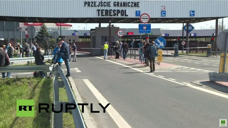 """Live: Russische Bikergruppe """"Nachtwölfe"""" bereiten sich auf Einreise in Polen vor"""