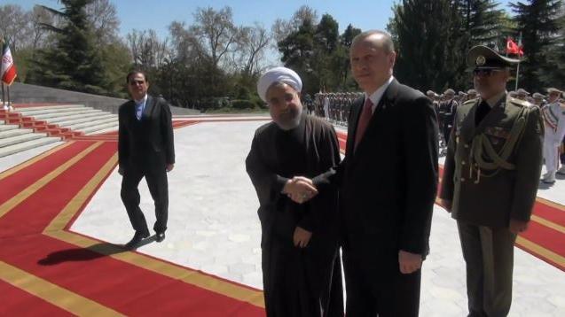 Neue strategische Partnerschaft? Türkei und Iran planen Abschied vom US-Dollar