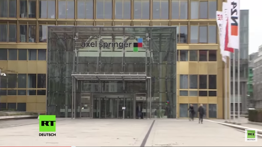 Live: BILD-Boykott vor dem Axel-Springer-Haus in Berlin