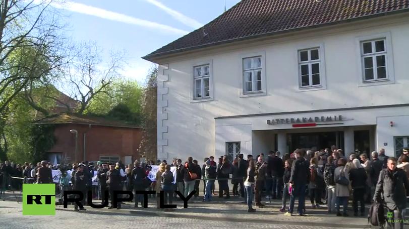 """Live: Gerichtsprozess gegen den """"Buchhalter von Auschwitz"""" in Lüneburg"""