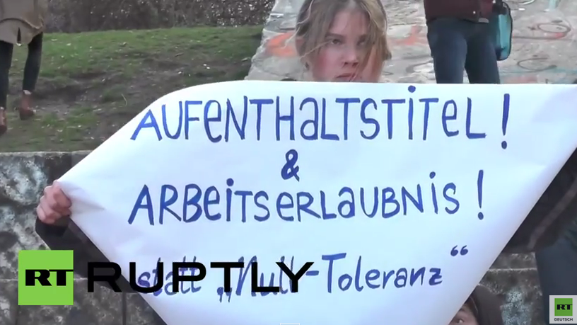 "Berlin: Hunderte bei ""Solidaritäts-Kiff-in"" im Görlitzer Park in Kreuzberg"