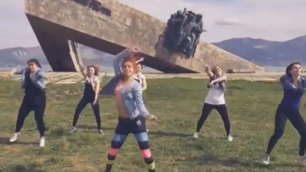 """Die """"Twerking-Hysterie"""" der russischen Behörden - Oder wie Bild titeln würde: """"Für Popowackeln in den Knast"""""""