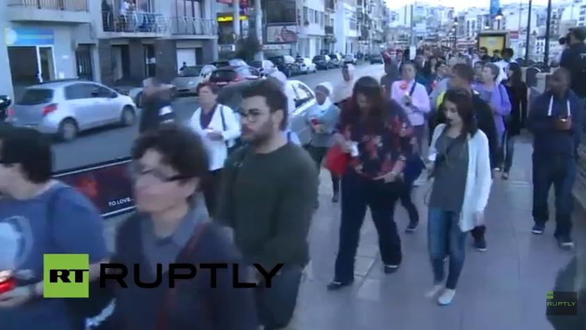 Live: Trauermarsch für ertrunkene Flüchtlinge auf Malta