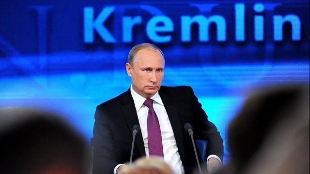 """Live ab 11 Uhr:  """"Der direkte Draht"""" in Moskau - Putin steht der russischen Bevölkerung Rede und Antwort"""
