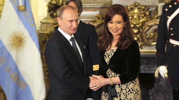 Live: Wladimir Putin und Cristina Kirchner halten gemeinsame Pressekonferenz