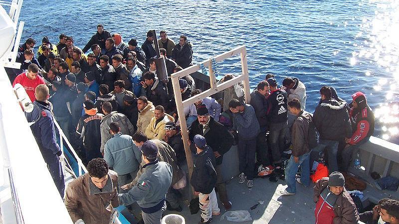 WikiLeaks veröffentlicht EU-Geheimdokumente zum geplanten Angriff auf Flüchtlingsboote