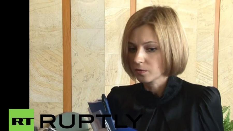 """Natalja Poklonskaja, Generalstaatsanwältin der Krim gibt Pressekonferenz und kündigt """"Überraschung"""" an"""