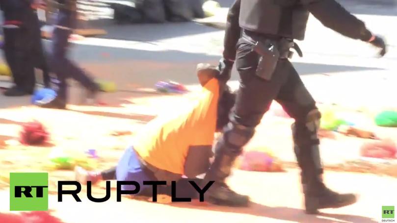Spanien: Brutale Räumungsaktion bei Sitzblockade baskischer Aktivisten